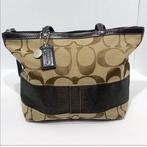 Coach Classic C with stripe brown patent leather